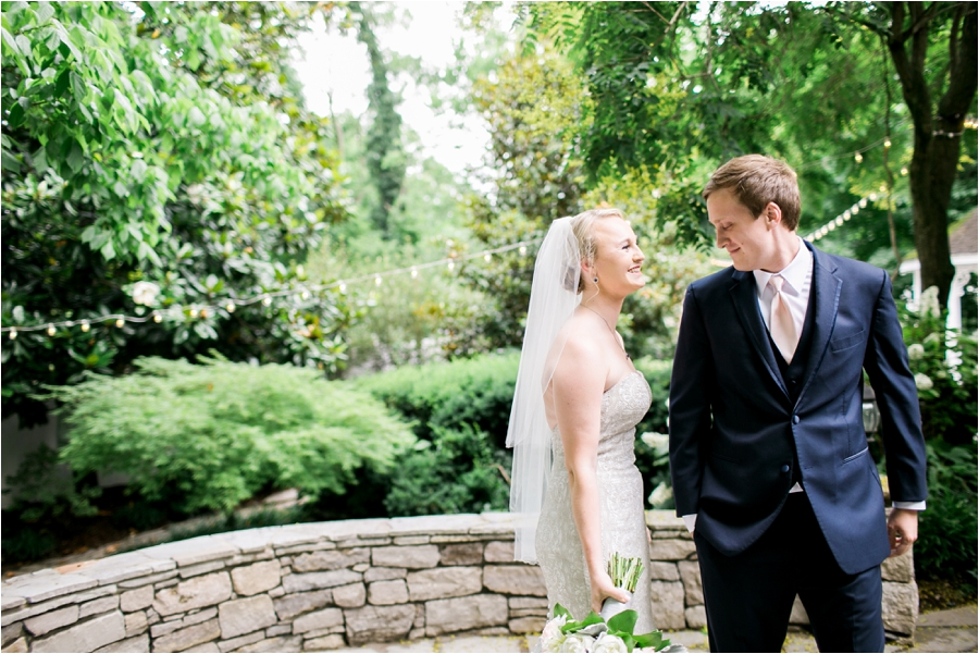 summer wedding cj's off the square by charlottesville wedding photographer, Amy Nicole Photography_0094