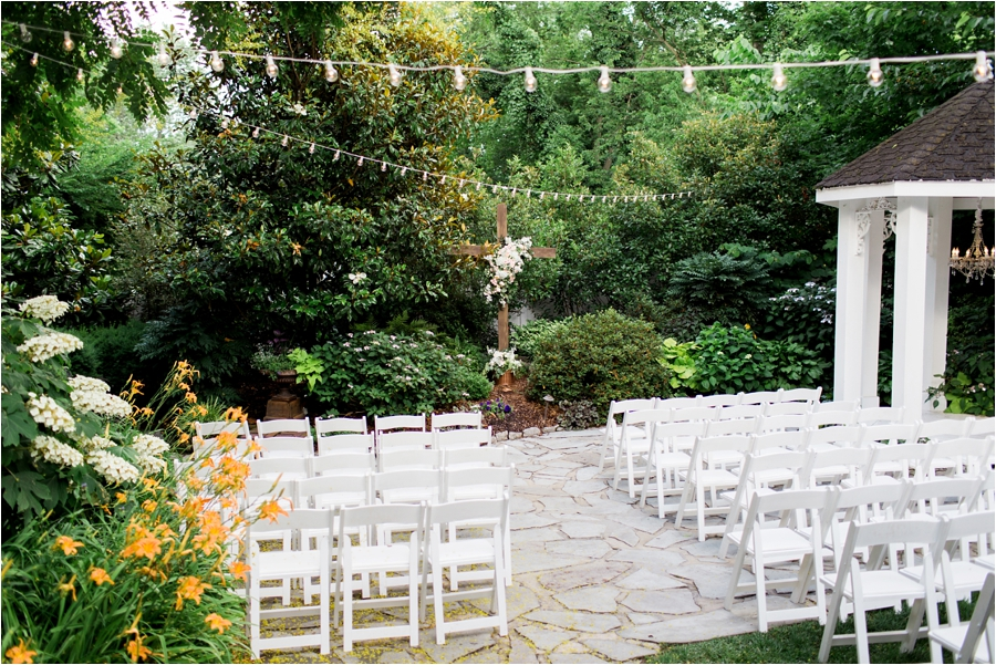 summer wedding cj's off the square by charlottesville wedding photographer, Amy Nicole Photography_0123