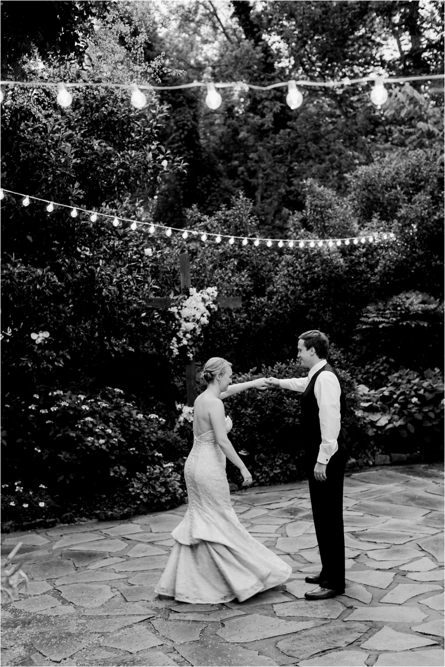 summer wedding cj's off the square by charlottesville wedding photographer, Amy Nicole Photography_0178