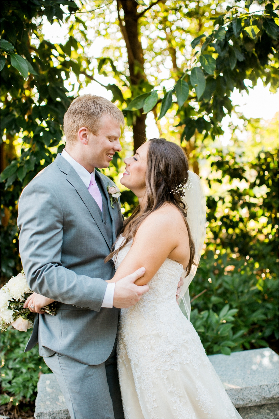 summer wedding at lewis ginter botanical gardens by charlottesville photographer, amy nicole photography_0116