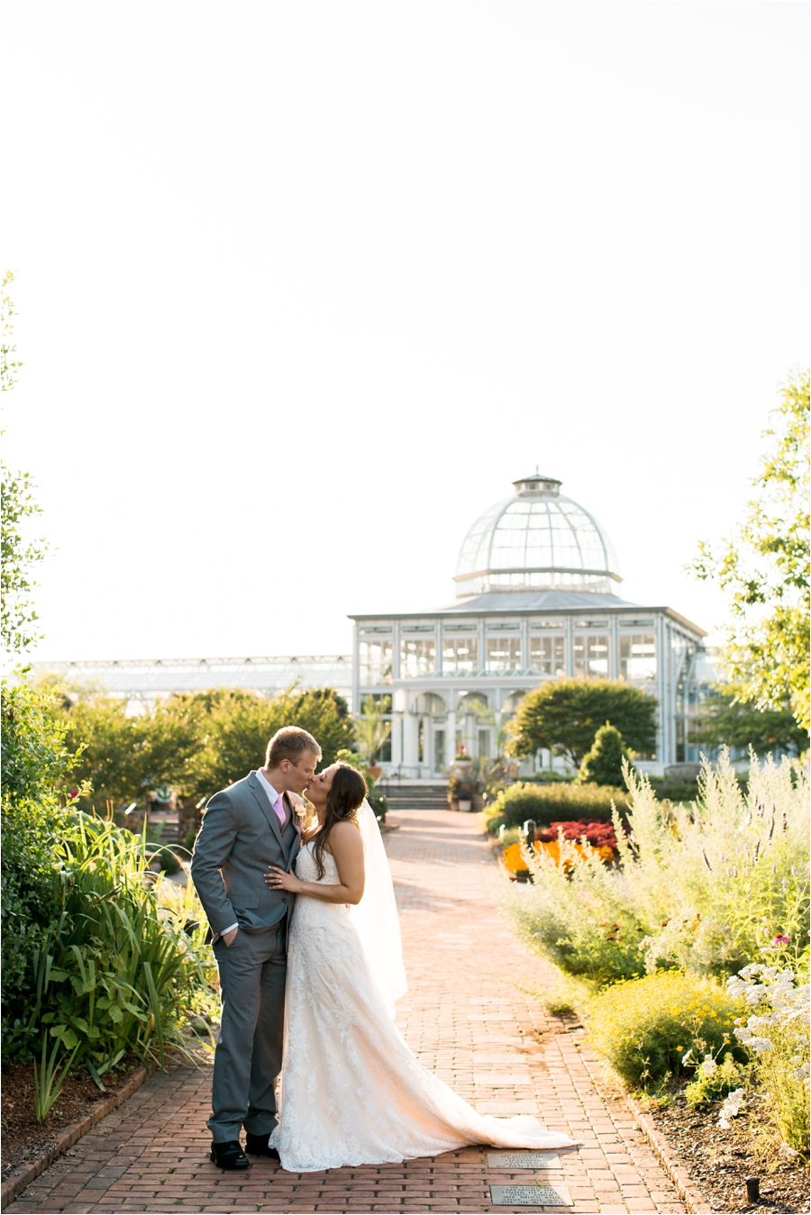 summer wedding at lewis ginter botanical gardens by charlottesville photographer, amy nicole photography_0118