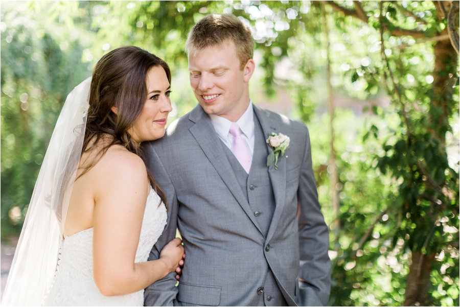 summer wedding at lewis ginter botanical gardens by charlottesville photographer, amy nicole photography_0119
