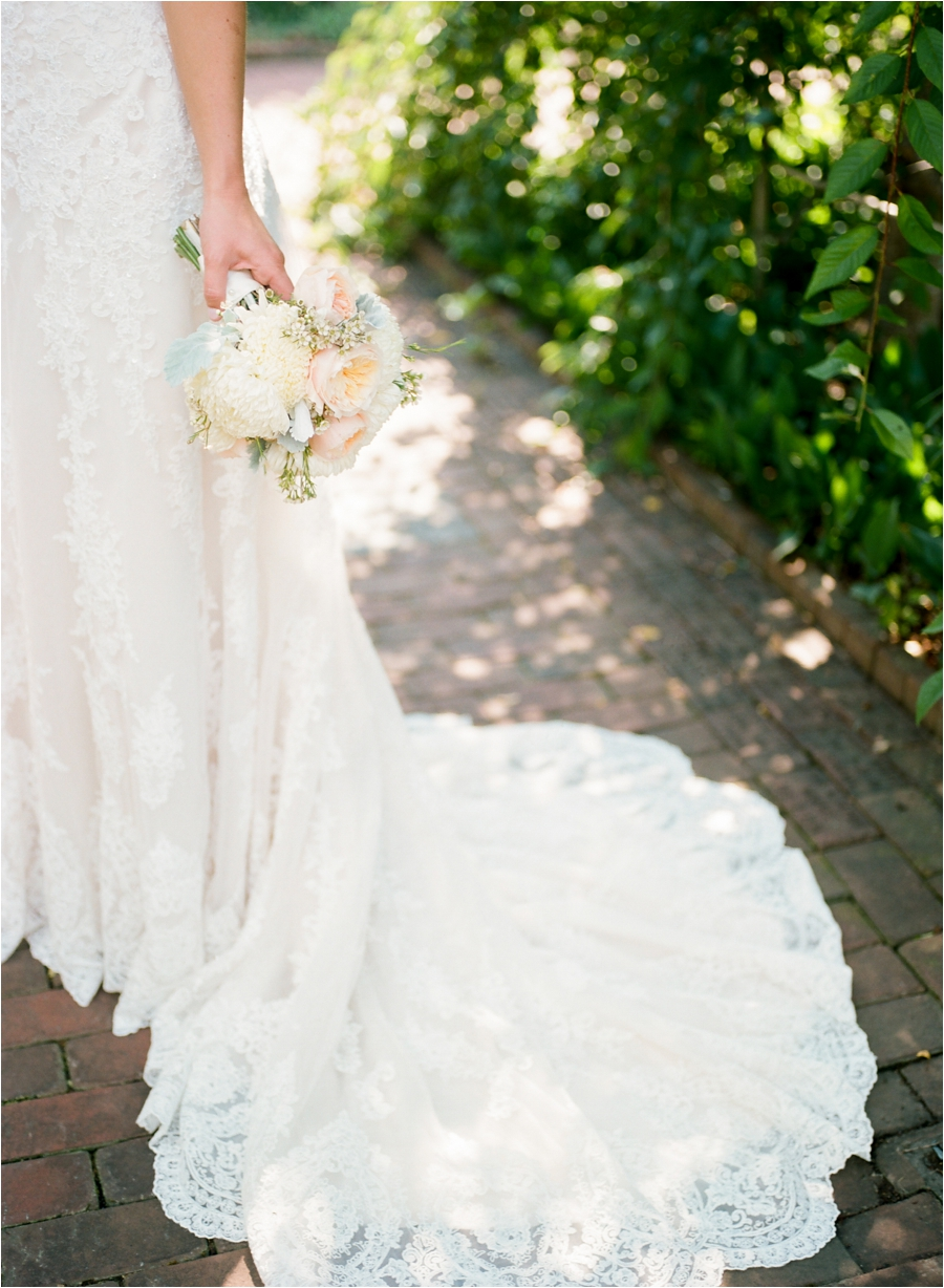 summer wedding at lewis ginter botanical gardens by charlottesville photographer, amy nicole photography_0148
