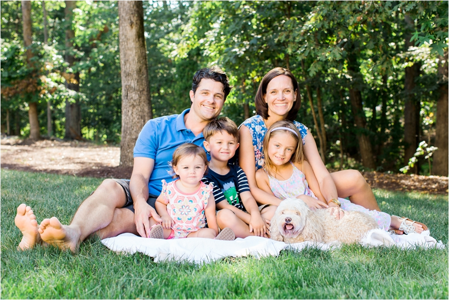 at-home-family-portrait-session-in-richmond-by-charlottesville-family-film-photographer-amy-nicole-photography_0220