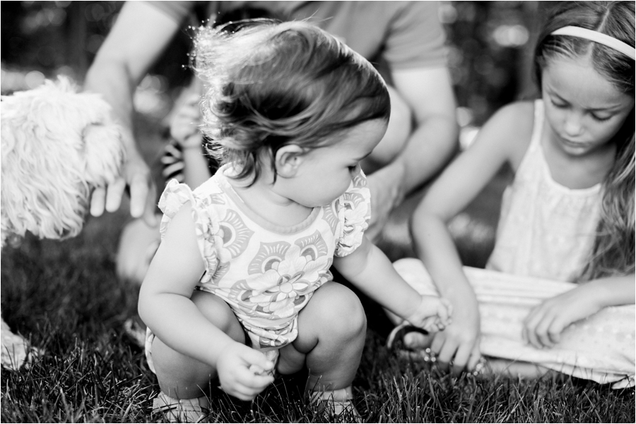 at-home-family-portrait-session-in-richmond-by-charlottesville-family-film-photographer-amy-nicole-photography_0224