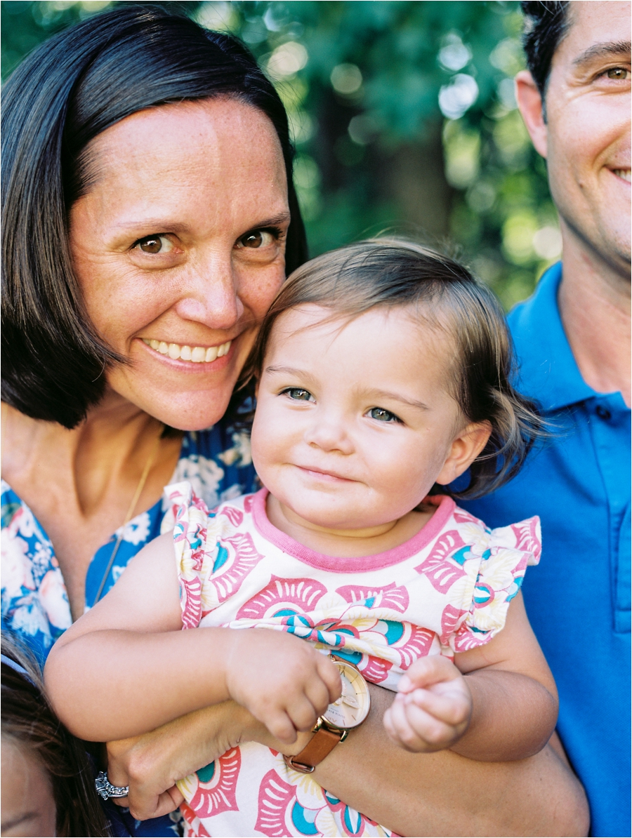 at-home-family-portrait-session-in-richmond-by-charlottesville-family-film-photographer-amy-nicole-photography_0225