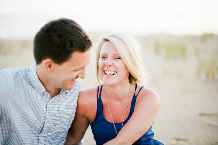 outer-banks-anniversary-session-at-the-sand-dunes-by-charlottesville-wedding-photographer-amy-nicole-photography_0107