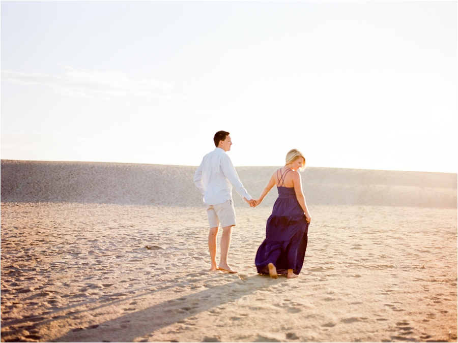 outer-banks-anniversary-session-at-the-sand-dunes-by-charlottesville-wedding-photographer-amy-nicole-photography_0114