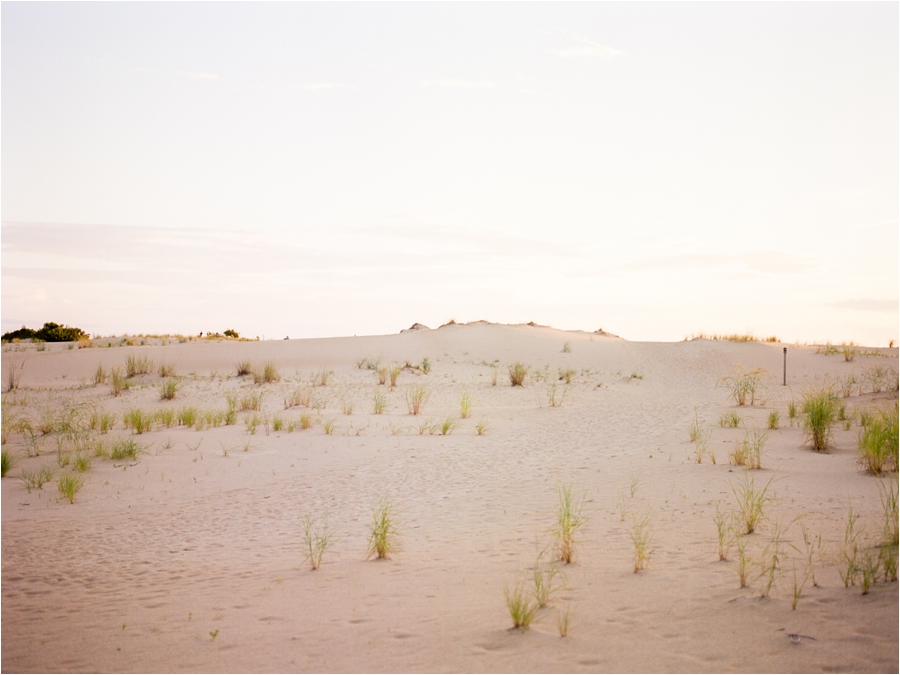 outer-banks-anniversary-session-at-the-sand-dunes-by-charlottesville-wedding-photographer-amy-nicole-photography_0120