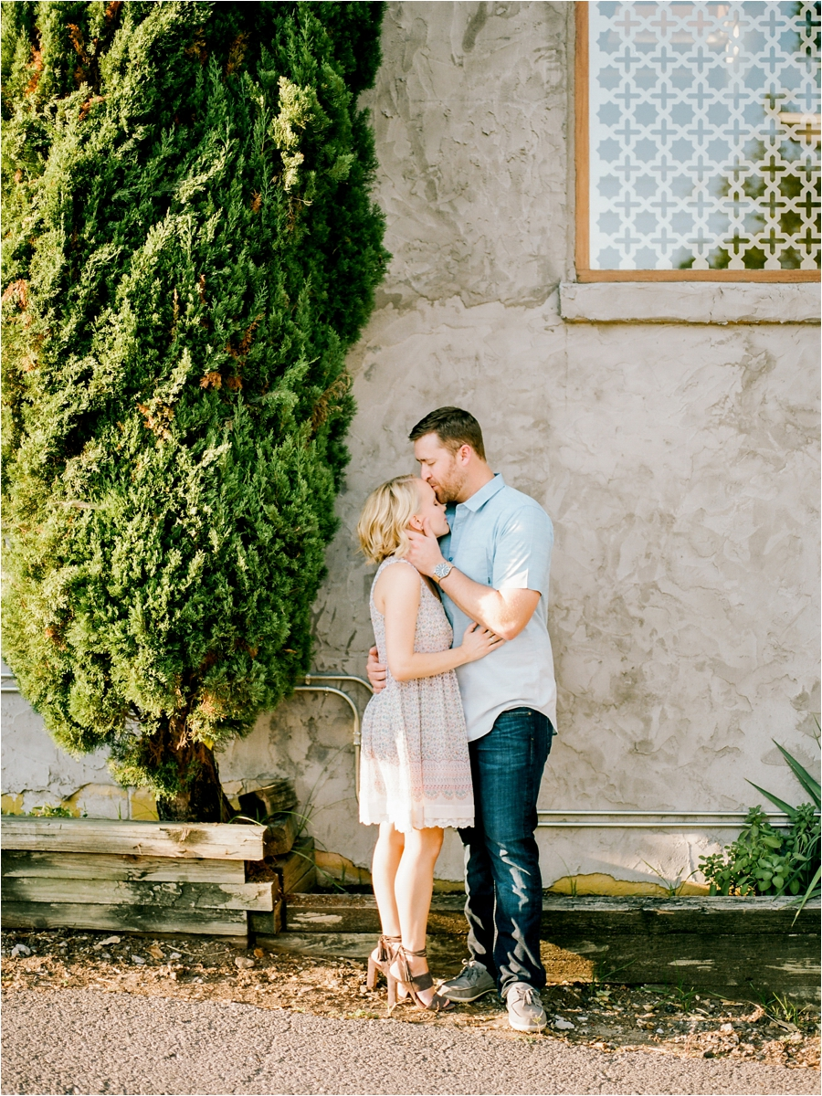nashvile-outdoor-lifestyle-anniversary-session-by-charlottesville-film-photographer-amy-nicole-photography_0290