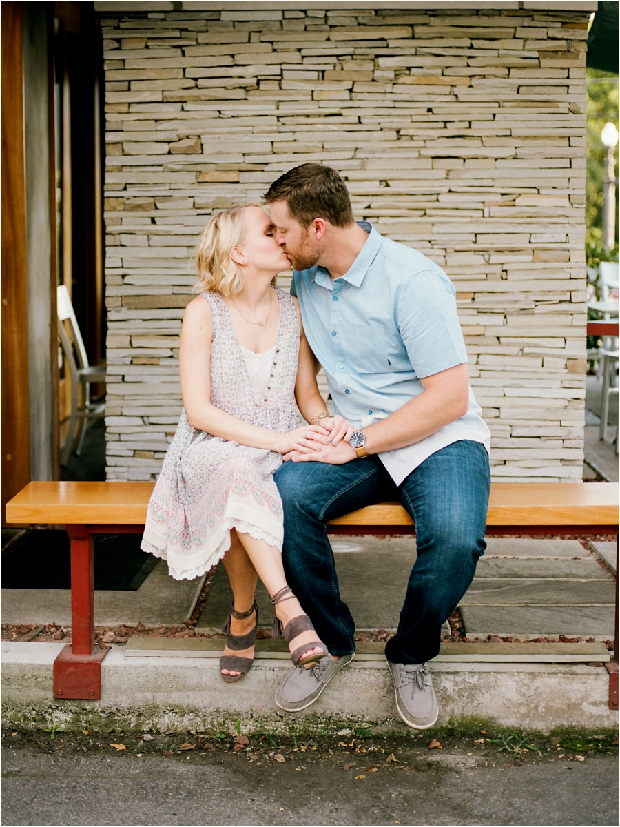 nashvile-outdoor-lifestyle-anniversary-session-by-charlottesville-film-photographer-amy-nicole-photography_0295