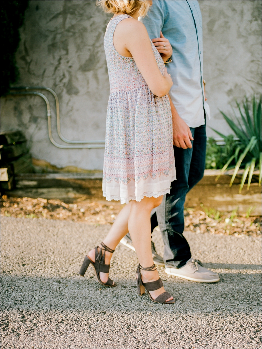 nashvile-outdoor-lifestyle-anniversary-session-by-charlottesville-film-photographer-amy-nicole-photography_0299