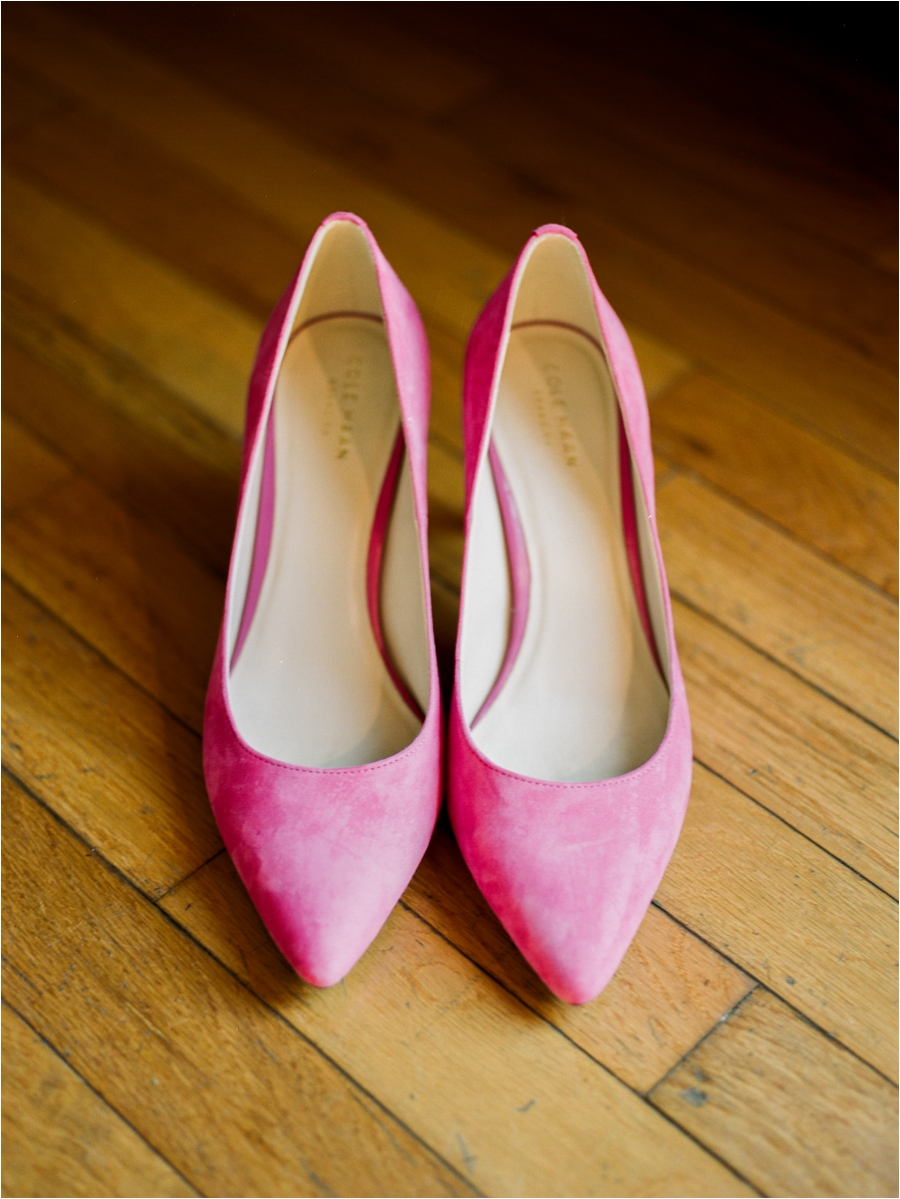 bride's pink shoes
