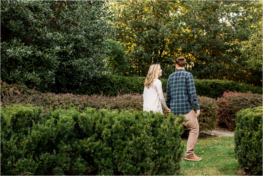 fall-engagement-session-at-waterperry-farm-in-virginia-by-charlottesville-wedding-photographer-amy-nicole-photography_0037