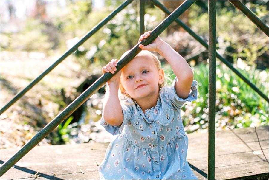 backyard charlottesville family session by charlottesville va family photographer, amy nicole photography_0004