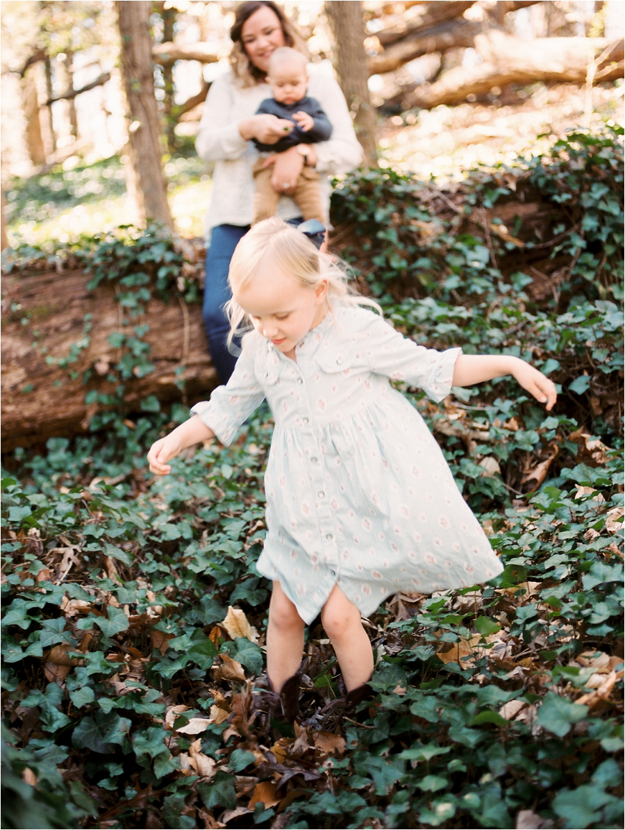 backyard charlottesville family session by charlottesville va family photographer, amy nicole photography_0019