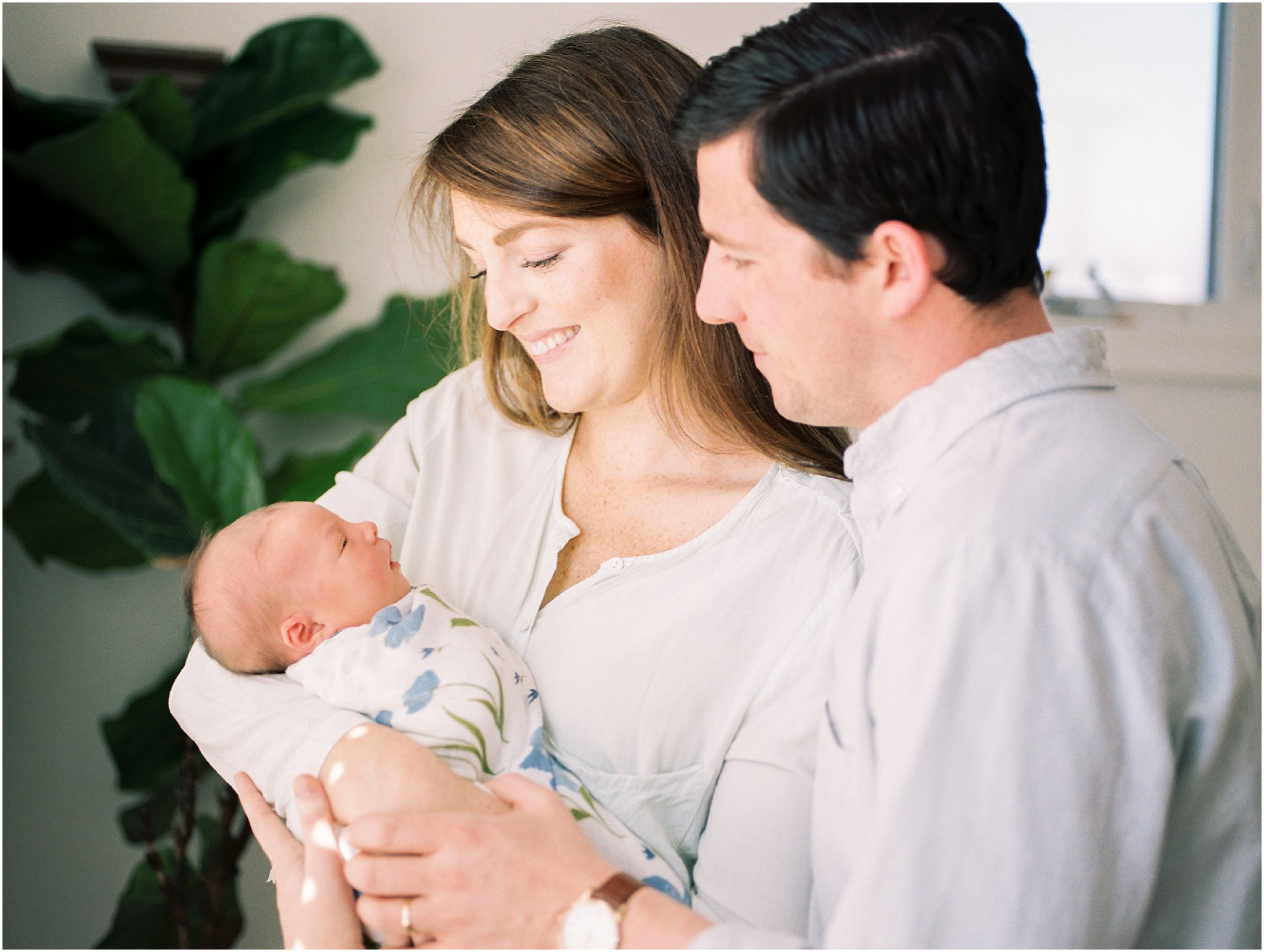 charlottesville in-home newborn session on film by charlottesville newborn & family photographer, amy nicole photography_0007