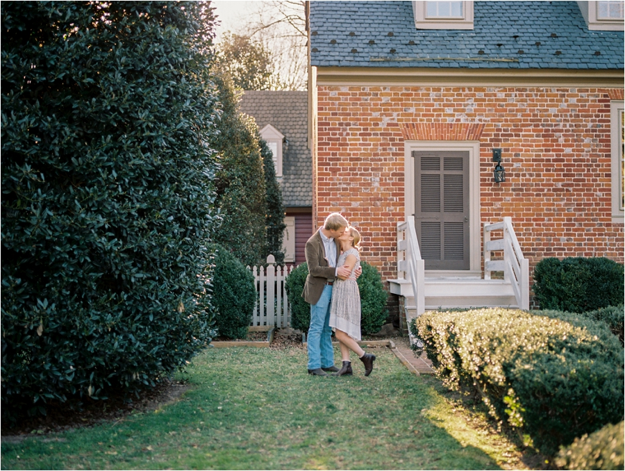 spring engagement session at seven springs richmond virginia by charlottesville wedding photographer, amy nicole photography_0006