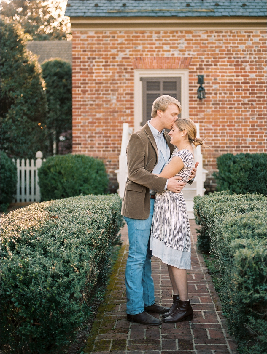 spring engagement session at seven springs richmond virginia by charlottesville wedding photographer, amy nicole photography_0019
