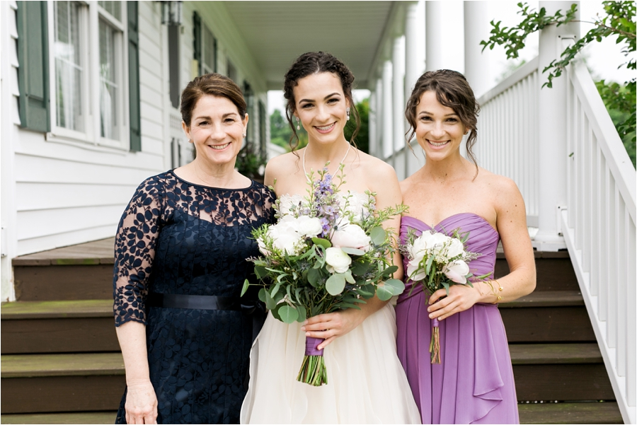 relaxed spring wedding at rock hill plantation house by charlottesville wedding photographer, amy nicole photography_0005
