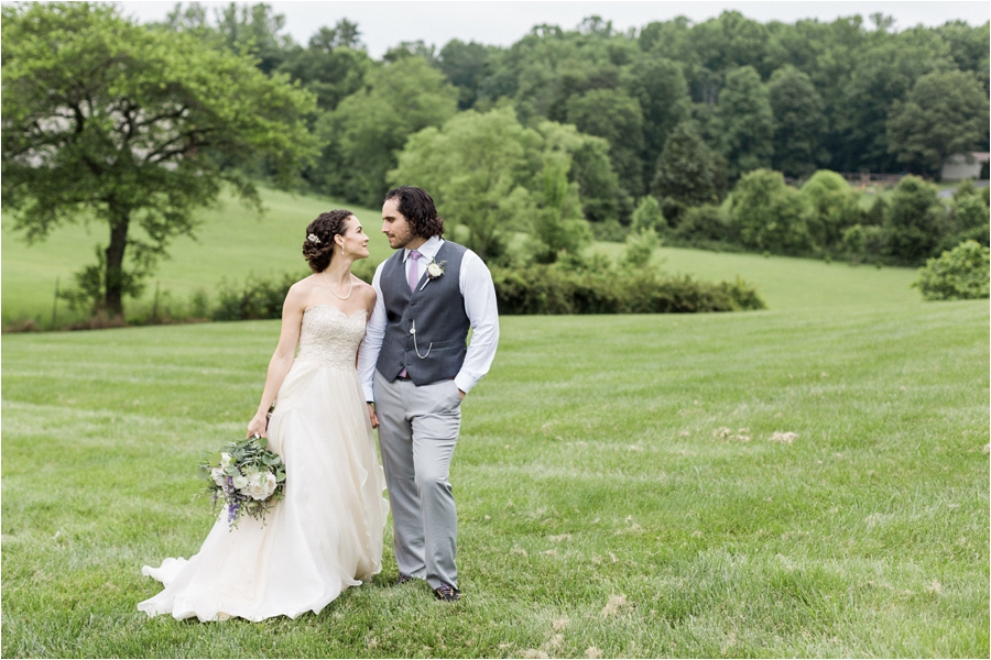 relaxed spring wedding at rock hill plantation house by charlottesville wedding photographer, amy nicole photography_0030