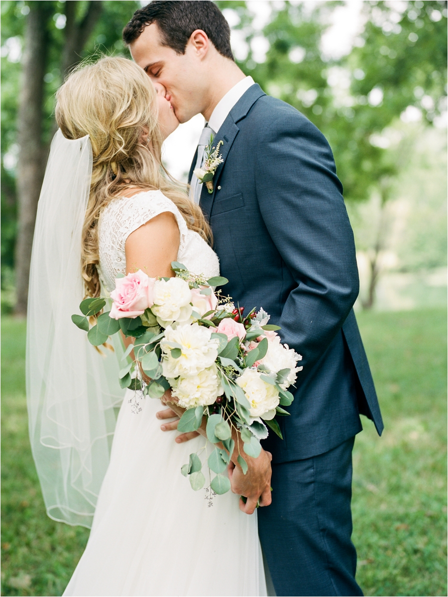 heartfelt summer wedding at big spring farm by charlottesville wedding photographer, amy nicole photography_0042