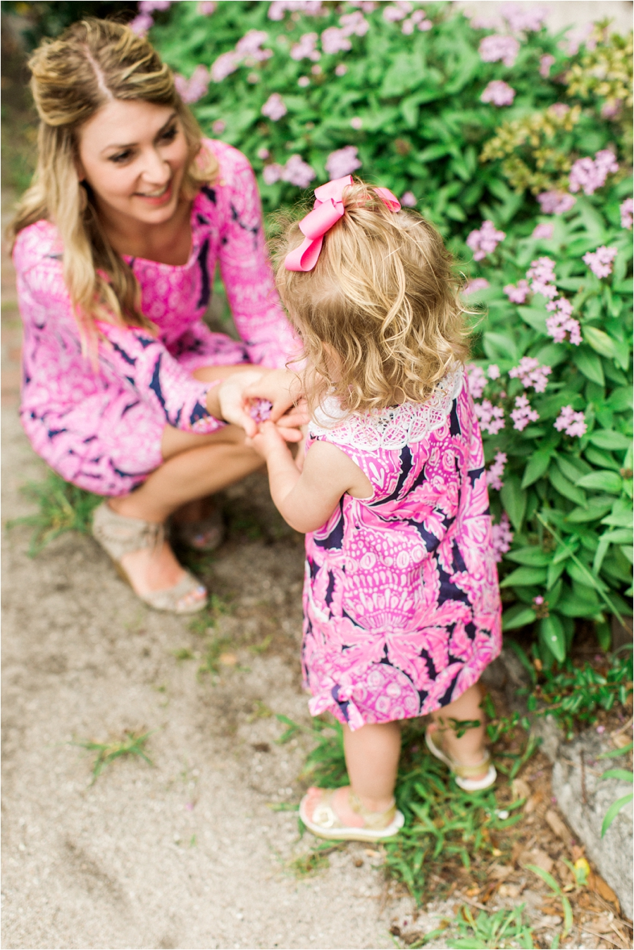 lilly pulitzer southern family session in charleston south carolina by charlottesville photographer, amy nicole photography_0010